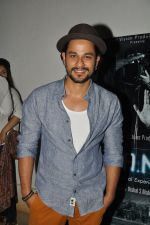 Kunal Khemu at 3AM premiere in Sunny Super Sound on 25th Sept 2014 (84)_542596a76de74.JPG