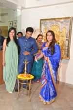 Rani Mukherjee inaugurates Suvigya Sharma_s art exhibition in Cymroza Art Gallery on 25th Sept 2014 (158)_54255ccccf043.JPG