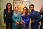 Rani Mukherjee inaugurates Suvigya Sharma_s art exhibition in Cymroza Art Gallery on 25th Sept 2014 (165)_54255cd0a3228.JPG