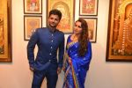 Rani Mukherjee inaugurates Suvigya Sharma_s art exhibition in Cymroza Art Gallery on 25th Sept 2014 (177)_54255cd70e22d.JPG