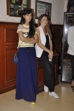 Sunaina Gulzar at Amy Billimoria_s fittings in Mumbai on 26th Sept 2014 (41)_5426a1544394e.JPG
