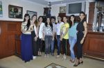 Sunaina Gulzar, Dina Umarova at Amy Billimoria_s fittings in Mumbai on 26th Sept 2014 (12)_5426a06d89707.JPG