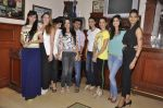 Sunaina Gulzar, Dina Umarova at Amy Billimoria_s fittings in Mumbai on 26th Sept 2014 (14)_5426a06e2bc4d.JPG