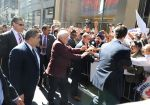 Narendra Modi_s slice of fashion in NY on 27th Sept 2014 (24)_54277f3eb6779.jpg