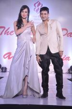 Sunaina Gulzar, Harmeet Gulzar at Wedding Show by Amy Billiomoria in Mumbai on 28th Sept 2014 (294)_5429993967ca1.JPG
