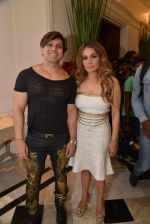 Yash Birla, Avanti Birla at Sahachari Foundations show for Tarun Tahiliani in Mumbai on 28th Sept 2014 (151)_542995ae73f27.JPG
