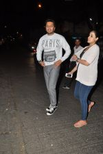 Genelia D Souza, Riteish Deshmukh snapped at Nido in Mumbai on 29th Sept 2014 (88)_542a8d58739b4.JPG