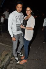 Genelia D Souza, Riteish Deshmukh snapped at Nido in Mumbai on 29th Sept 2014 (92)_542a8d59d282f.JPG