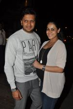 Genelia D Souza, Riteish Deshmukh snapped at Nido in Mumbai on 29th Sept 2014 (93)_542a8d5a8207d.JPG