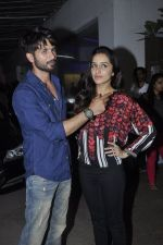 Shraddha Kapoor, Shahid Kapur at Haider screening in Sunny Super Sound on 29th Sept 2014 (134)_542a948304368.JPG
