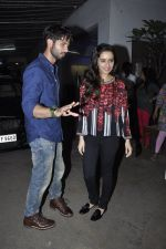 Shraddha Kapoor, Shahid Kapur at Haider screening in Sunny Super Sound on 29th Sept 2014 (136)_542a94840608d.JPG