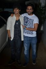 Ayushman Khurana, Ishaan Khattar at Haider screening in Sunny Super Sound on 30th Sept 2014 (258)_542be28870327.JPG