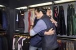 Saif Ali Khan inaugurates designer Raghavendra Rathore_s new store in Mumbai on 30th Sept 2014 (105)_542bdf790704d.JPG