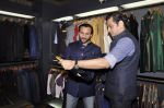 Saif Ali Khan inaugurates designer Raghavendra Rathore_s new store in Mumbai on 30th Sept 2014 (108)_542bdf7bea579.JPG