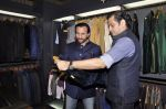 Saif Ali Khan inaugurates designer Raghavendra Rathore_s new store in Mumbai on 30th Sept 2014 (109)_542bdf7cee3bd.JPG