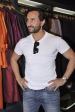 Saif Ali Khan inaugurates designer Raghavendra Rathore_s new store in Mumbai on 30th Sept 2014 (158)_542bdfafa9d66.JPG