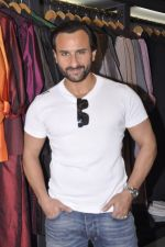 Saif Ali Khan inaugurates designer Raghavendra Rathore_s new store in Mumbai on 30th Sept 2014 (168)_542bdfb94e33c.JPG