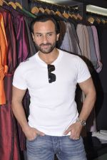 Saif Ali Khan inaugurates designer Raghavendra Rathore_s new store in Mumbai on 30th Sept 2014 (170)_542bdfbb2dd6d.JPG