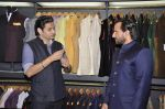 Saif Ali Khan inaugurates designer Raghavendra Rathore_s new store in Mumbai on 30th Sept 2014 (66)_542bdf540a859.JPG