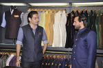 Saif Ali Khan inaugurates designer Raghavendra Rathore_s new store in Mumbai on 30th Sept 2014 (67)_542bdf5516014.JPG