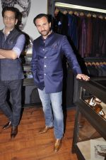 Saif Ali Khan inaugurates designer Raghavendra Rathore_s new store in Mumbai on 30th Sept 2014 (81)_542bdf618d69e.JPG