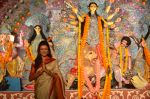 Sushmita Sen at Durga Pooja on 30th Sept 2014 (103)_542be038cdc87.JPG