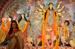 Sushmita Sen at Durga Pooja on 30th Sept 2014 (90)_542be02c2127f.JPG