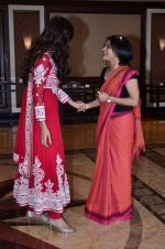 Tabu, Konkona Sen Sharma at Haider book launch in Taj Lands End on 30th Sept 2014 (34)_542be9ea4afcf.JPG