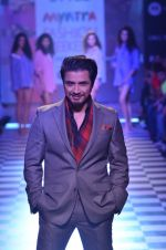 Ali Zafar walks for Men_s Health show at Myntra fashion week day 2 on 4th Oct 2014 (162)_5430bc22c0eeb.JPG
