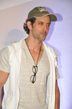 Hrithik Roshan at Bang Bang special screening hosted by Hrithik Roshan on 1st Oct 2014 (82)_5430e2ce42784.JPG