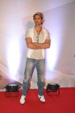 Hrithik Roshan at Bang Bang special screening hosted by Hrithik Roshan on 1st Oct 2014 (83)_5430e25394f6d.JPG