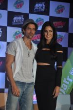 Hrithik Roshan, Katrina Kaif at Bang Bang Mountain Dew event on 1st Oct 2014 (15)_5430de4bf34d9.JPG