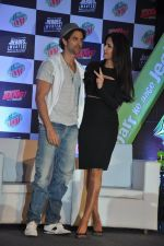Hrithik Roshan, Katrina Kaif at Bang Bang Mountain Dew event on 1st Oct 2014 (17)_5430de905dd23.JPG