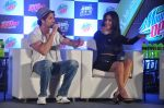 Hrithik Roshan, Katrina Kaif at Bang Bang Mountain Dew event on 1st Oct 2014 (37)_5430dddfa654d.JPG