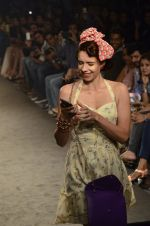Kalki Koechlin walk for Kalki show at Myntra fashion week day 2 on 4th Oct 2014 (321)_5430f00536a07.JPG