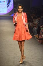 Model walk for Kalki show at Myntra fashion week day 2 on 4th Oct 2014 (287)_5430f2e1bc929.JPG