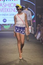 Model walk for Kalki show at Myntra fashion week day 2 on 4th Oct 2014 (50)_5430ed839d1b1.JPG