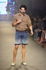 Model walk for Kalki show at Myntra fashion week day 2 on 4th Oct 2014 (71)_5430ee0138995.JPG