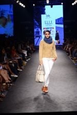 Model walk the ramp for Elle Show on day 3 of Myatra fashion week on 5th Oct 2014 (262)_54313c3891811.JPG