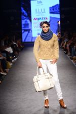 Model walk the ramp for Elle Show on day 3 of Myatra fashion week on 5th Oct 2014 (263)_54313c3c9c82a.JPG