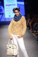 Model walk the ramp for Elle Show on day 3 of Myatra fashion week on 5th Oct 2014 (264)_54313c4034f10.JPG