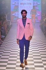 Model walks for Men_s Health show at Myntra fashion week day 2 on 4th Oct 2014 (115)_5430bc82d3122.JPG