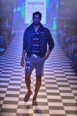 Model walks for Men_s Health show at Myntra fashion week day 2 on 4th Oct 2014 (121)_5430bc9af0ab6.JPG