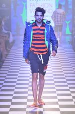 Model walks for Men_s Health show at Myntra fashion week day 2 on 4th Oct 2014 (127)_5430bcae3df56.JPG