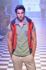 Model walks for Men_s Health show at Myntra fashion week day 2 on 4th Oct 2014 (132)_5430bcbd14261.JPG