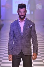 Model walks for Men_s Health show at Myntra fashion week day 2 on 4th Oct 2014 (95)_5430bc08e3224.JPG