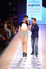 Raghav Sachar walks for Rina Dhaka at Myntra fashion week day 1 on 3rd Oct 2014 (414)_54312739cb2dd.JPG