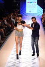 Raghav Sachar walks for Rina Dhaka at Myntra fashion week day 1 on 3rd Oct 2014 (416)_543127495624d.JPG