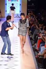 Raghav Sachar walks for Rina Dhaka at Myntra fashion week day 1 on 3rd Oct 2014 (418)_543127547d021.JPG