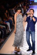 Raghav Sachar walks for Rina Dhaka at Myntra fashion week day 1 on 3rd Oct 2014 (498)_5431275e534f7.JPG